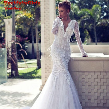 2017 Sexy Deep V Backless Lace Long Sleeve Mermaid Wedding Dress Fashionable Feathers Applique Muslim Vestido De Noiva