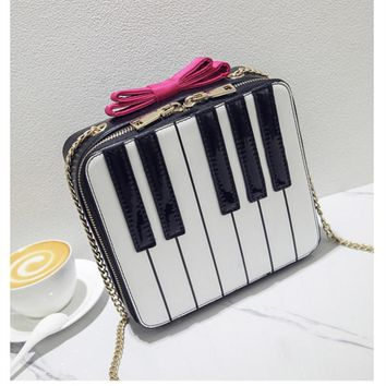 ADIYATE Bow Tie Piano Shoulder Bags Cheap Women Bags Chains Small Square Package Bolso Mujer Kawaii Bow Tie Sac A Main Clutch