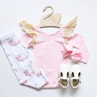 2017 NEW Baby girl clothes set Pink T-Shirt+Leggings pants 2pcs suit Little Swan Cotton baby girls clothing Newborn baby clothes