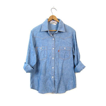 Vintage 70s LEVIS jean shirt Distressed button down Western Worn In Thin Denim Boyfriend Shirt 70s Farm Country Shirt Womens Large