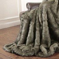 Wild Mannered Tawny Fox Faux Fur Throw Blanket - Walmart.com