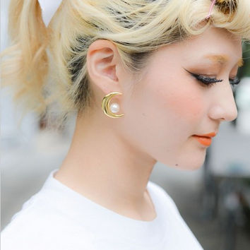 Pearls Earring Accessory [4918492292]