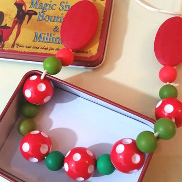 Red and green necklace , gumball necklace , polkadot necklace , red beads necklace , spotted necklace , chunky necklace