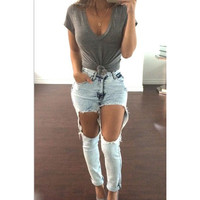 Women's Exposed Thigh Ripped Boyfriend Denim Jeans - Light Washed