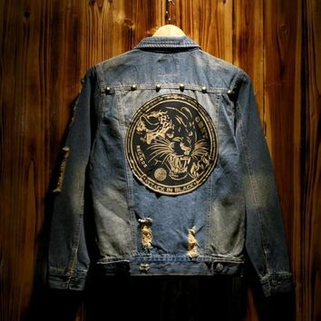 Tide Men's Denim Jacket Tiger Head Patch Coat Do The Old Vintage Washed Slim Hole Jean Jacket Outerwear