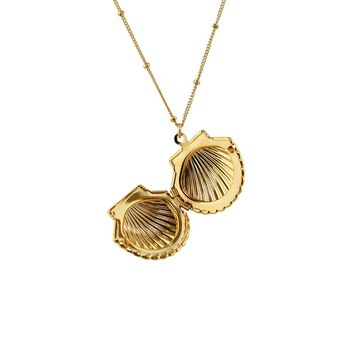 Clam Shell Locket Pendant Necklace