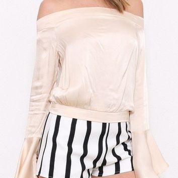 ALESSIA OFF THE SHOULDER BELL SLEEVE TOP - CHAMPAGNE