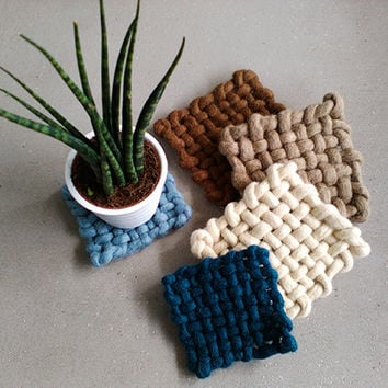 Chunky woven felt wool coasters, thick merino wool table decor, chunky natural yarn trivet, christmas gifts for new home couples newlyweds