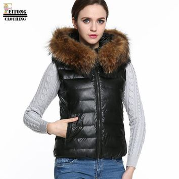 FEITONG 2017 Winter women fur coats Cotton Parka Short Faux Fur Hooded Coat Quilted Jacket Sleeveless furry hooded Vest Outwear