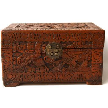 Vintage 1960s large rustic Chinese laquered folk camphor wood box