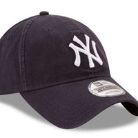 MLB New York Yankees New Era Navy Core Classic 9TWENTY Adjustable Hat