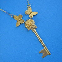 Eclectic Eccentricity Vintage Jewellery ? Carried Away Key Necklace