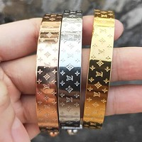 LV Louis Vuitton Fashion Women Men Classic High End Lovers Stainless Steel Bracelet I