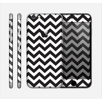 The Black and White Zigzag Chevron Pattern Skin for the Apple iPhone 6