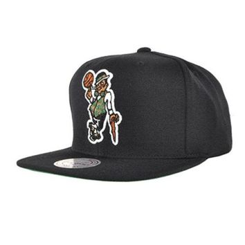 ONETOW Boston Celtics Snapback Hat NBA Black Mitchell & Ness Adjustable