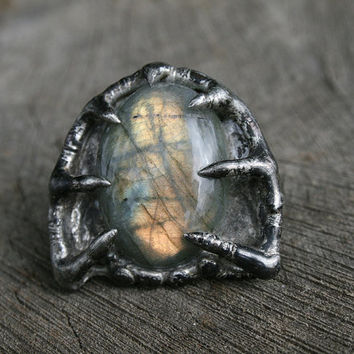labradorite ring, statement ring, gemstone ring, huge ring, bold ring, flashy ring, golden labradorite, organic ring, gemstone jewelry