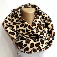 brown leopard print scarf ,infinity scarves ,fleece scarf ,winter scarf ,fashion accessories ,eternity . chunky scarf,beige brown