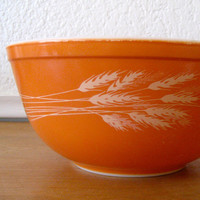 Pyrex Mixing Bowl Autumn Harvest 403 by nellsvintagehouse on Etsy