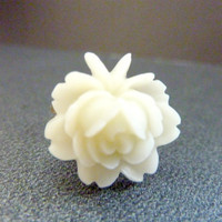 FLOWER RING ivory white Vintage rose brass adjustable ring