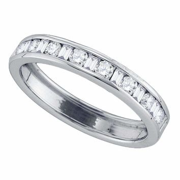14kt White Gold Women's Round Baguette Diamond Wedding Band 1-2 Cttw - FREE Shipping (US/CAN)