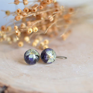pansy viola flower earrings, resin jewelry gift under 40, romantic jewelry, floral earrings