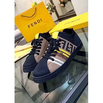 Fendi new couple models color matching flat with flat shoes round head with a single shoes Black