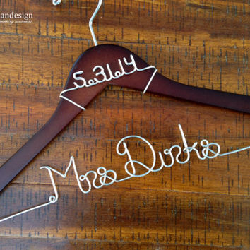 Wedding Dress Hanger with Date, Bride Hanger, Name Hanger, Mrs Hanger, Wedding Hanger, Personalized Hanger, Bride Gift