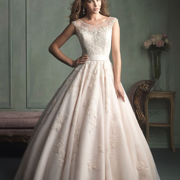 Allure Bridals 9114 Sample Sale
