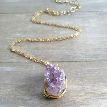 Amethyst slice stone chain necklace, raw gemstone necklace, long layering gold chain necklace, layered pendant necklace, natural amethyst