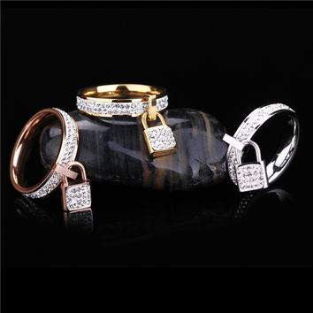 Stainless Steel Womens Rings Gold Filled Silver Rose Gold Famous Brand Costume Unique Jewelry Girls Finger Rings Padlock Charms