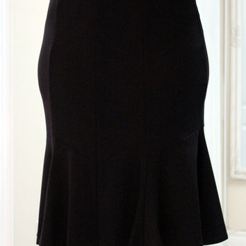 Flair Plus Size Skirt in Black