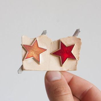 Red Star Badge, Bulgarian Army Star, Soviet Era Finds, Craft Supplies, Hat Badge, Christmas