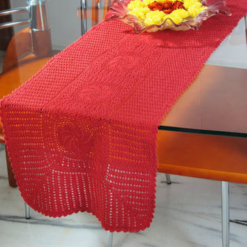 Spring CROCHET TABLE RUNNER- Handmade- Oroshi Series- Red & Magenta Color- Home and Wedding Decor