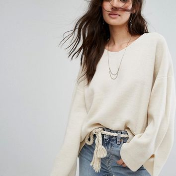 Moon River Basic V Neck Sweater at asos.com