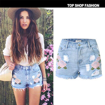 2016 Spring Summer Women Shorts High Quality 3D Floral Embroidery Denim Shorts High Waist Shorts Plus Size Short Jeans B376