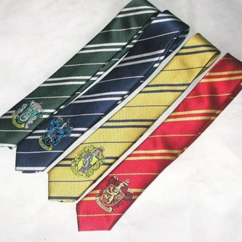 (10 pieces/lot) Gryffindor/Slytherin/Hufflepuff/Ravenclaw Necktie ties with badge         for Harri Potter Cosplay