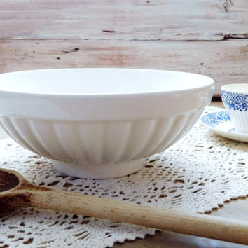 White Ceramic Stoneware Serving Bowl