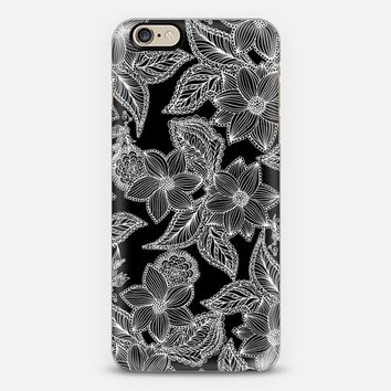 Black sweet flowers iPhone 6 case by Julia Grifol Diseñadora Modas-grafica | Casetify