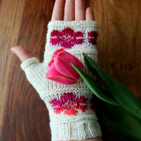 """Fingerless Mittens """"Flowers"""" handknit in white with intarsia flowers, handknitted fingerless gloves, wrist warmers, gift for her"""