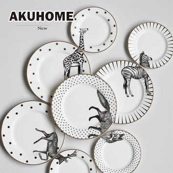 DCCKFS2 2 Pcs 6&8 Inch Animal Combined Plates Set Ceramic Plates Fox Elk Giraffe Zebra Pattern Plates Steak Breakfast Cake Fruits Dish
