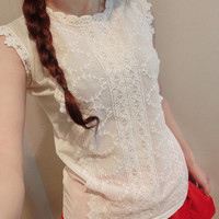 Sweet lace embroidered sleeveless vest