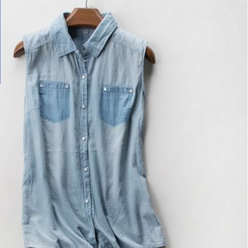 The new spring and summer denim shirt lapel was thin sleeveless vest female