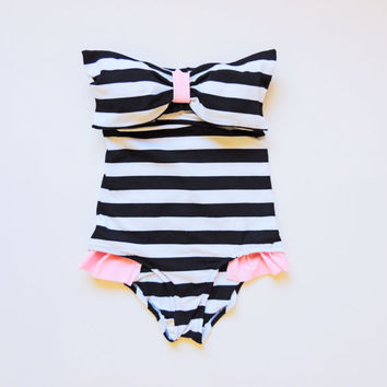 Black White Stripe Bow onepiece swimsuit Swimwear neck straps Lycra spandex  One piece Bathing suit bodysuit strapless Sexy Cute