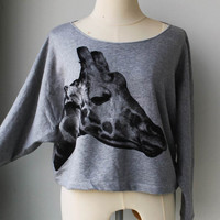 The Cute Pullover Oversize style Giraffe Wild Animal Print Bat Style Half Body In Grey.