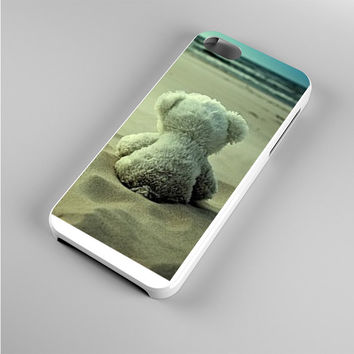 Little Teddy Bear in Beach Iphone 5s Case