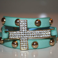 Adjustable Mint Green Snap Bracelet