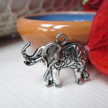 Antique silver metal elephant pendant for jewelry making, Elephant pendant, Tibetan silver, Diy jewelry, diy, necklace making, metal bead