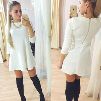 2016 New Arrival Spring Dresses Long Sleeve Back Zipper Casual Design Sexy Cute Female Dresses Balck White Color J2317
