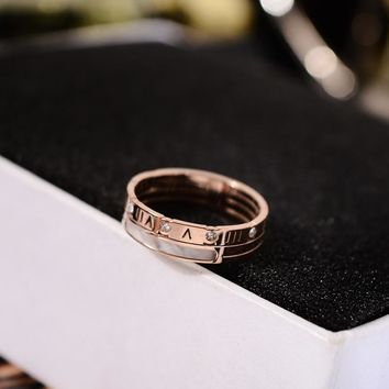 YUN RUO 2018 New Arrivals Fashion Roman Numerals Shell Rings Rose Gold Color Woman Gift Party Titanium Steel Jewelry Not Fade