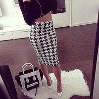 *online exclusive* houndstooth high waist pencil skirts